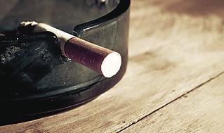 ٥ طرق للوقاية من السرطان Ashtray