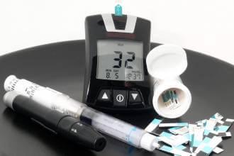 مقالات طبية Hypoglycemia-scaled-330x220
